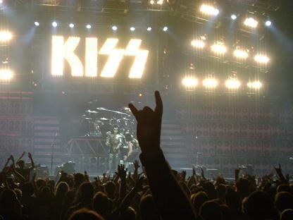kiss_fatal.jpg